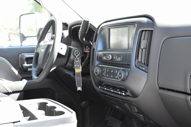 2019 Silverado Medium Duty Regular Cab DRW 4x2,  Cab Chassis #M19563 - photo 11