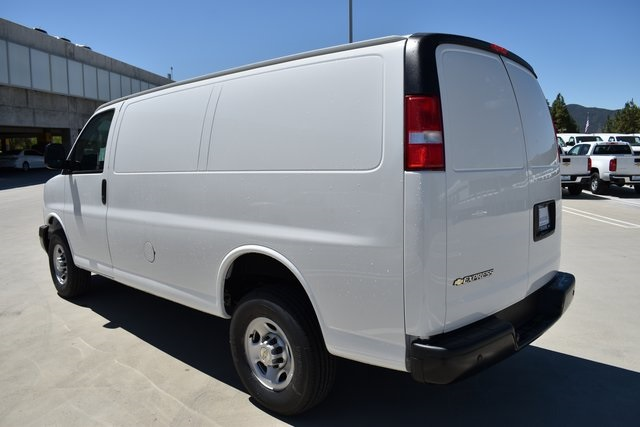 2019 Express 2500 4x2,  Empty Cargo Van #M19640 - photo 8
