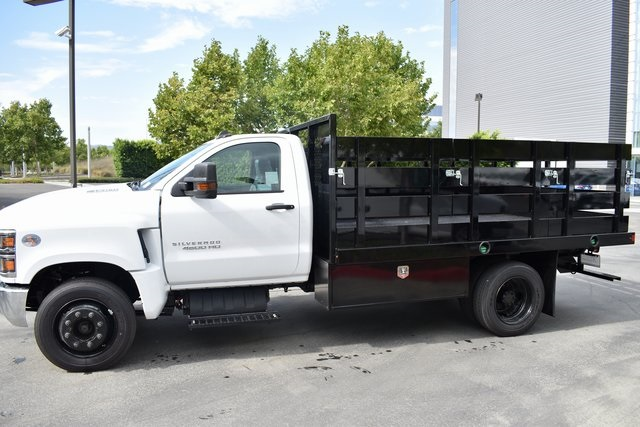 2019 Silverado Medium Duty Regular Cab DRW 4x2,  Harbor Black Boss Stake Bed Flat/Stake Bed #M19699 - photo 7