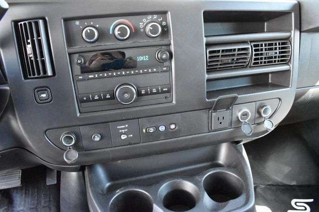 2019 Chevrolet Express 4500 4x2, Supreme Iner-City Straight Box #M19710 - photo 15
