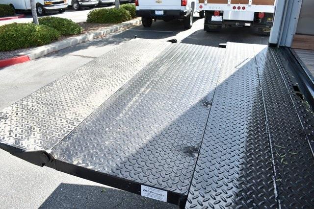 2019 Express 4500 4x2, Morgan Parcel Aluminum Straight Box #M19721 - photo 12