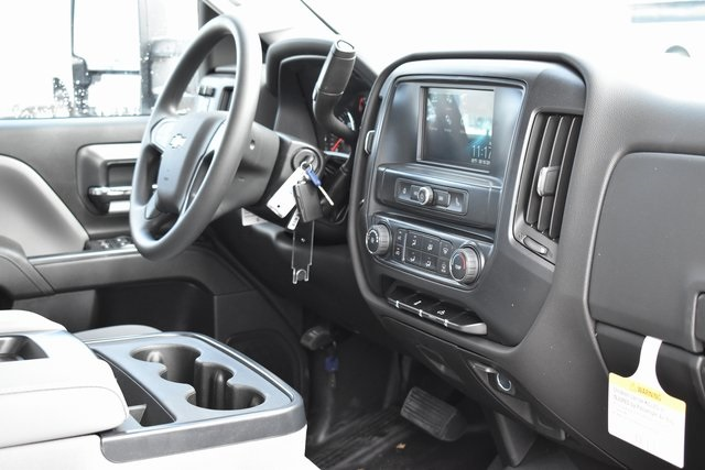 2019 Silverado 2500 Double Cab 4x2,  Harbor TradeMaster Utility #M19869 - photo 16
