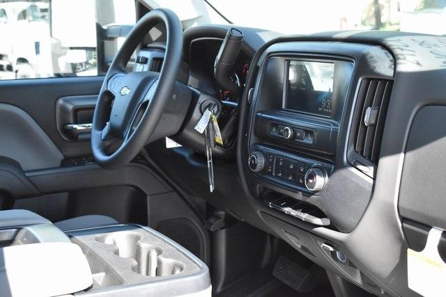 2019 Silverado 2500 Double Cab 4x2, Royal Service Body Utility #M19967 - photo 12