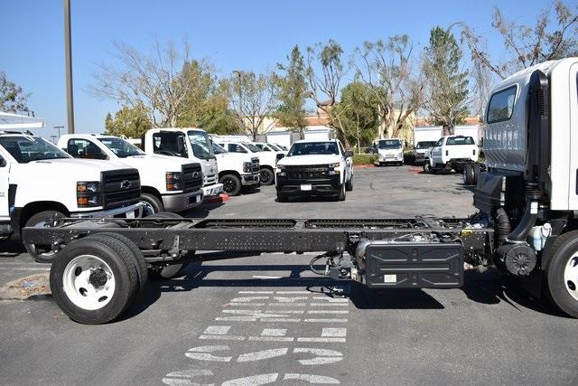 2020 Chevrolet LCF 5500HD Regular Cab 4x2, Cab Chassis #M20071 - photo 5