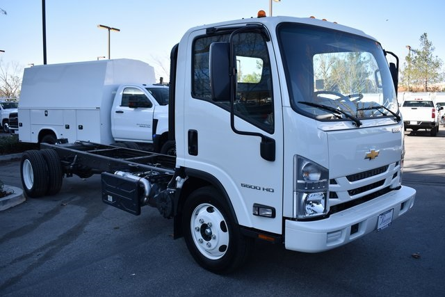 2020 LCF 5500HD Regular Cab 4x2, Cab Chassis #M20072 - photo 1