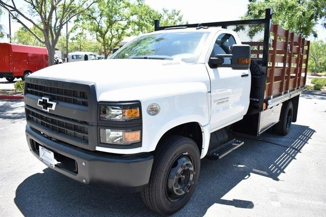 2020 Chevrolet Silverado 5500 Regular Cab DRW 4x2, Martin Flat/Stake Bed #M20081 - photo 5