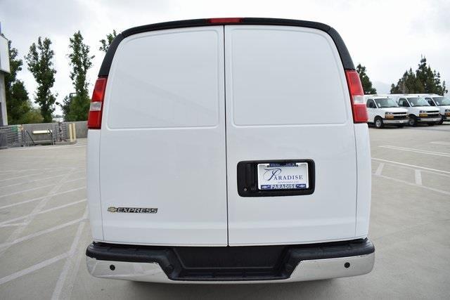 2020 Chevrolet Express 3500 4x2, Empty Cargo Van #M20146 - photo 8