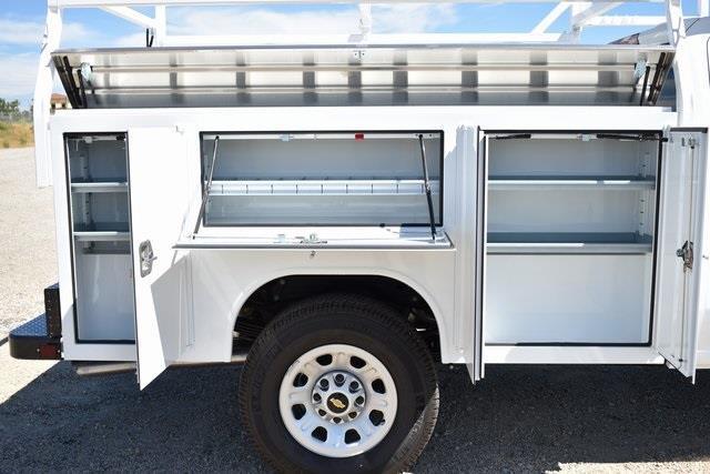 2020 Chevrolet Silverado 3500 Crew Cab 4x2, Harbor TradeMaster Utility #M20180 - photo 9