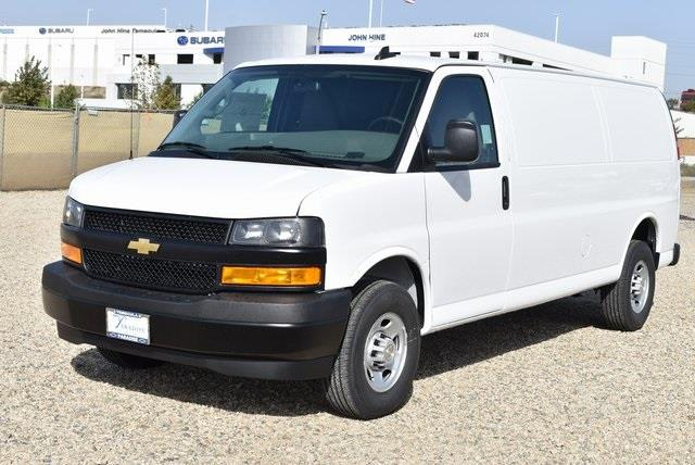 2020 Chevrolet Express 3500 4x2, Empty Cargo Van #M20462 - photo 4