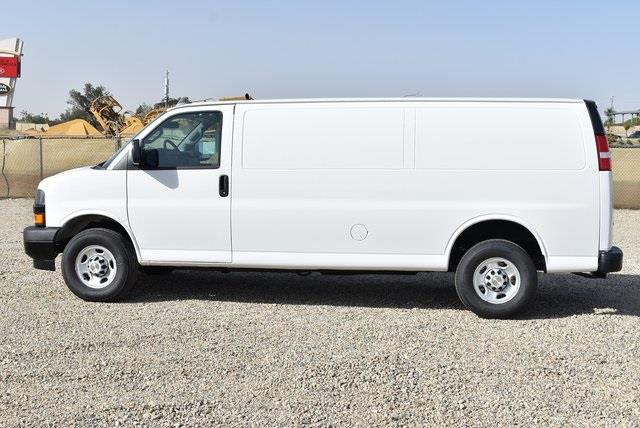 2020 Chevrolet Express 3500 4x2, Empty Cargo Van #M20462 - photo 5