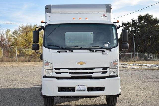 2020 Chevrolet LCF 6500XD Regular Cab DRW 4x2, Supreme Iner-City Dry Freight #M20485 - photo 4