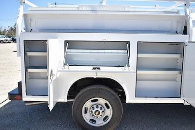 2021 Chevrolet Silverado 2500 Crew Cab 4x2, Royal Truck Body Service Body Utility #M21525 - photo 9