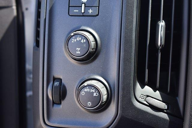 2021 Chevrolet Silverado 5500 Crew Cab DRW 4x4, Knapheide Value-Master X Platform Body #M21566 - photo 17