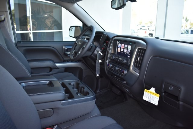 2017 Silverado 1500 Crew Cab 4x4, Pickup #T171100 - photo 10