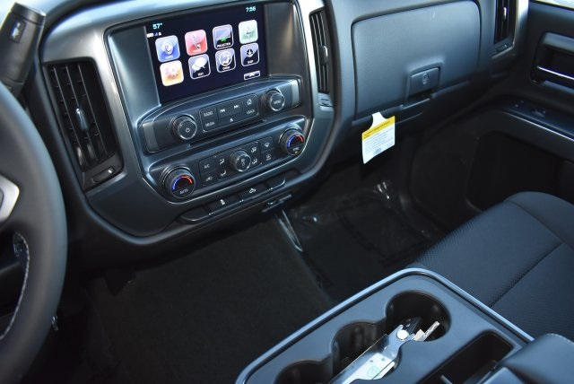 2017 Silverado 1500 Crew Cab 4x4, Pickup #T171100 - photo 19