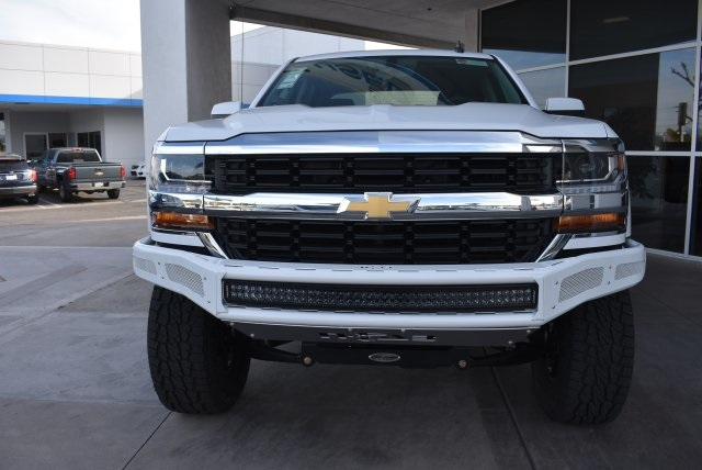 2017 Silverado 1500 Crew Cab 4x4, Pickup #T171100 - photo 4