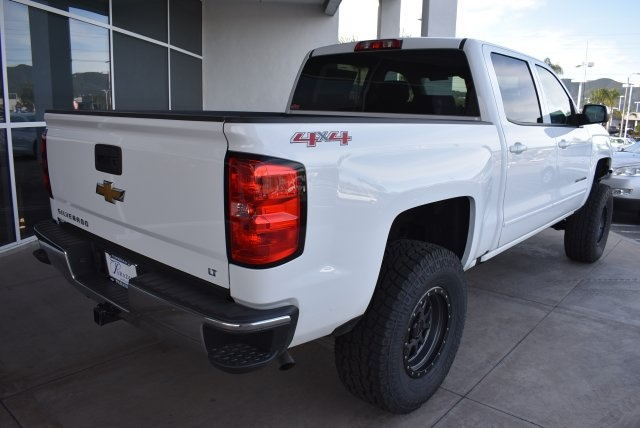 2017 Silverado 1500 Crew Cab 4x4, Pickup #T171100 - photo 2