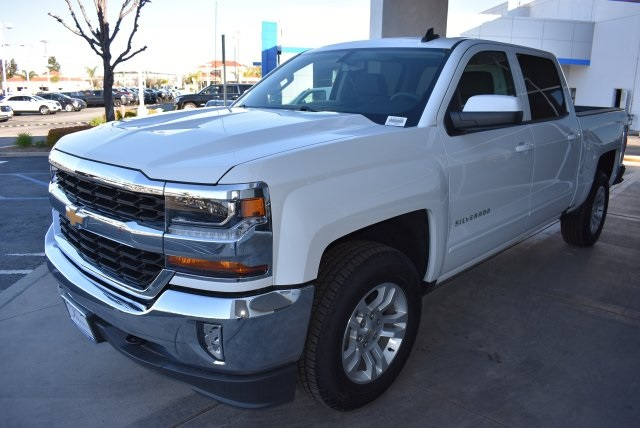 2017 Silverado 1500 Crew Cab 4x4, Pickup #T171100 - photo 6
