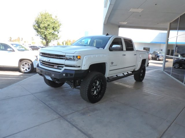 2017 Silverado 1500 Crew Cab 4x4, Pickup #T17131 - photo 4