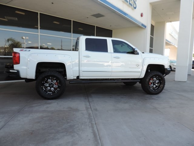 2017 Silverado 1500 Crew Cab 4x4, Pickup #T17131 - photo 8