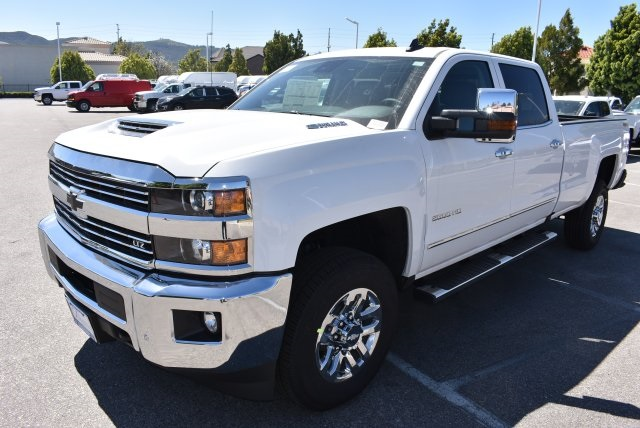 2017 Silverado 2500 Crew Cab 4x4, Pickup #T17765 - photo 4