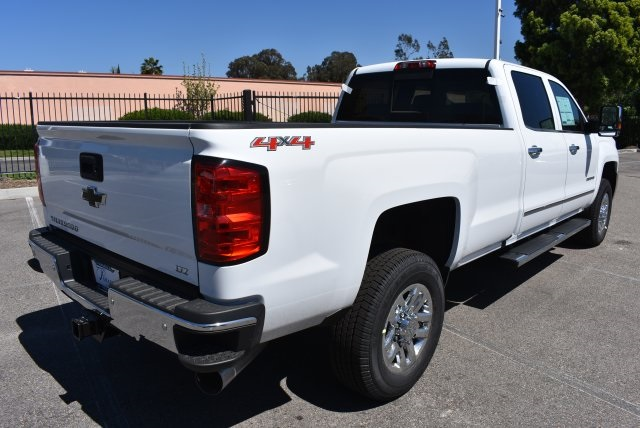 2017 Silverado 2500 Crew Cab 4x4, Pickup #T17765 - photo 2