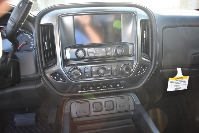 2017 Silverado 2500 Crew Cab 4x4, Pickup #T17866 - photo 18