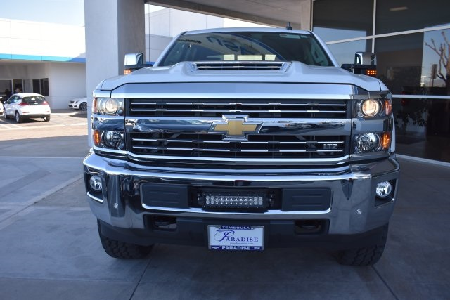 2017 Silverado 2500 Crew Cab 4x4, Pickup #T17866 - photo 3