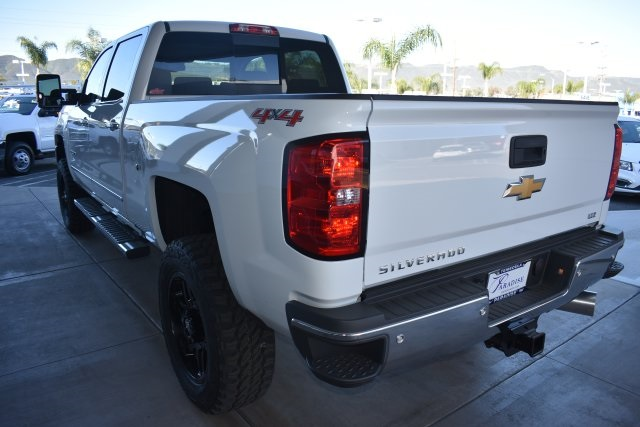 2017 Silverado 2500 Crew Cab 4x4, Pickup #T17866 - photo 6