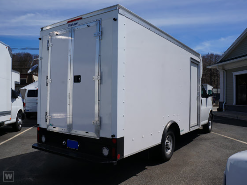 2015 Express 3500 4x2,  Dejana Truck & Utility Equipment Step-N-Cube Step Van / Walk-in #1139859 - photo 2