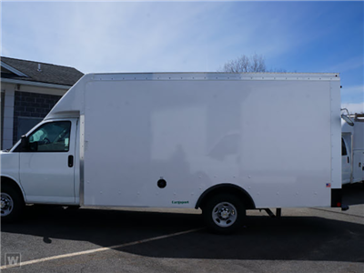 2015 Express 3500 4x2,  Dejana Truck & Utility Equipment Step-N-Cube Step Van / Walk-in #1139859 - photo 5