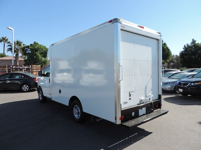 2014 Express 3500, Supreme Cutaway Van #1184642 - photo 2