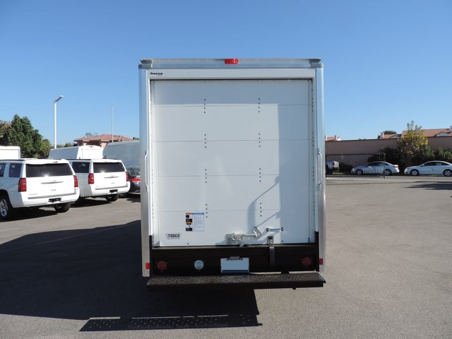 2014 Express 3500, Supreme Cutaway Van #1184642 - photo 5