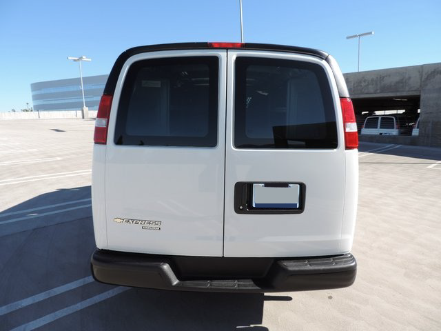 2014 Express 1500 4x2,  Empty Cargo Van #1201473 - photo 4