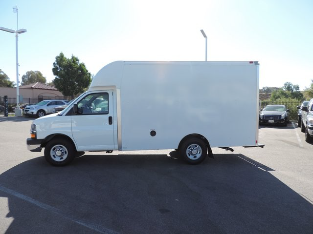 2014 Express 4500, Supreme Cutaway Van #1204559 - photo 4
