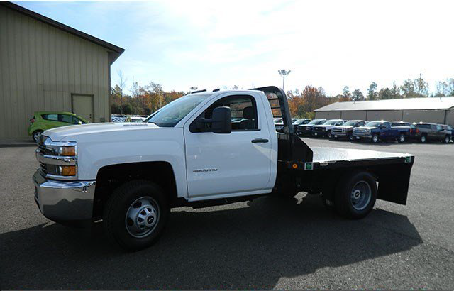 2015 Silverado 3500 Regular Cab 4x4, Reading Platform Body #F146246 - photo 3