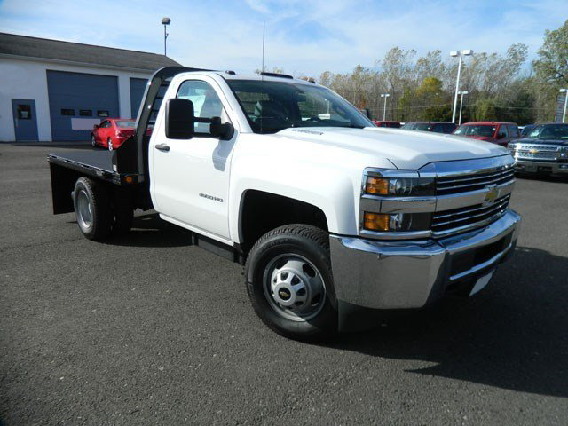 2015 Silverado 3500 Regular Cab 4x4, Reading Platform Body #F146246 - photo 5