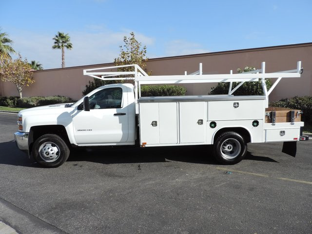 2015 Silverado 3500 Regular Cab, Harbor Combo Body #F148495 - photo 4