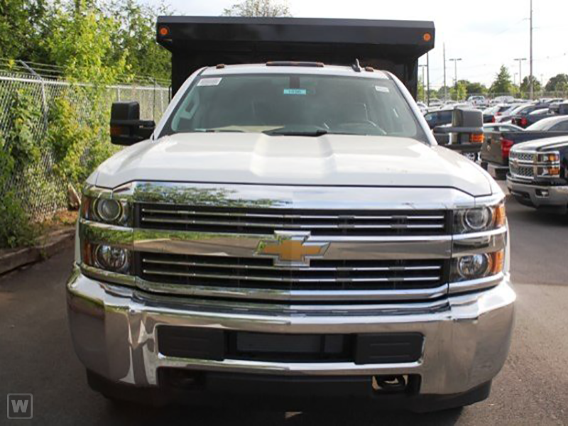 2015 Silverado 3500 Crew Cab 4x4, Reading Landscape Dump #REAF586242 - photo 3