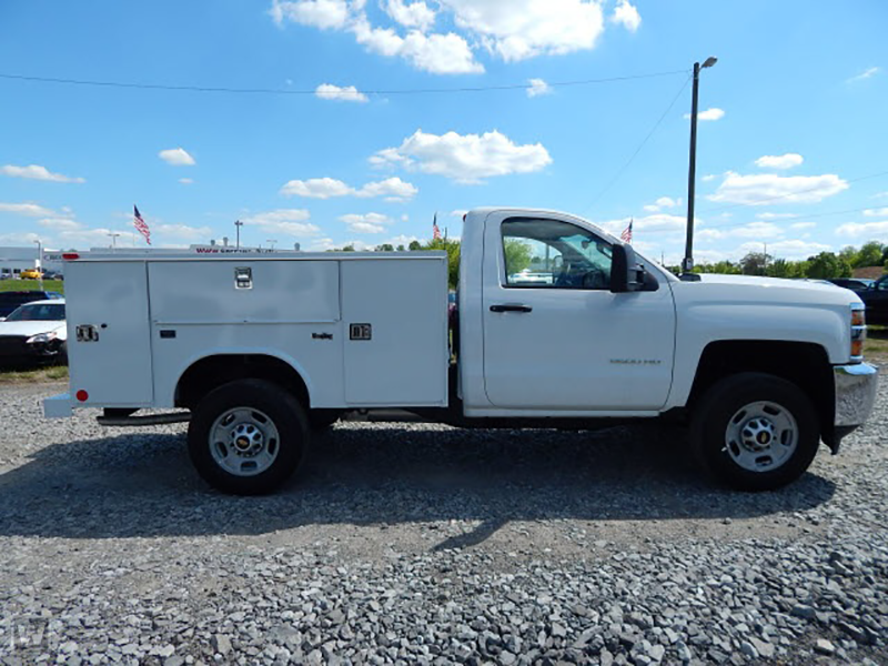 2015 Silverado 2500 Regular Cab 4x2,  Reading Service Body #REAZ140825 - photo 3