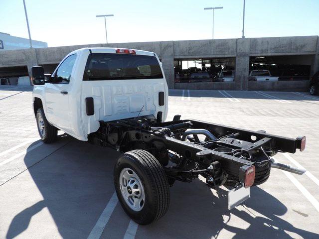 2015 Silverado 2500 Regular Cab Cab Chassis #Z505755 - photo 2