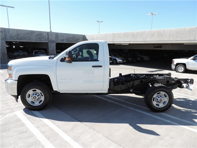 2015 Silverado 2500 Regular Cab 4x2,  Cab Chassis #Z505755 - photo 3