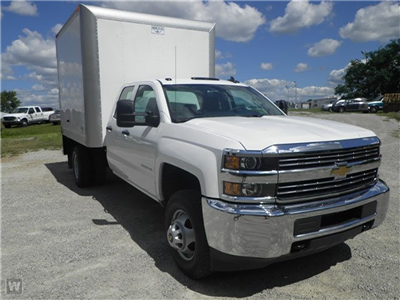 2015 Silverado 3500 Double Cab 4x4,  Hercules Dry Freight #Z545808 - photo 3