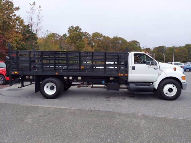 2011 Ford F-650 Regular Cab 4x2, Stake Bed #BV595689 - photo 7