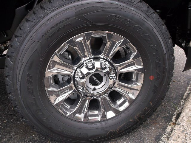 2017 F-250 Crew Cab 4x4, Pickup #HEE16613 - photo 5