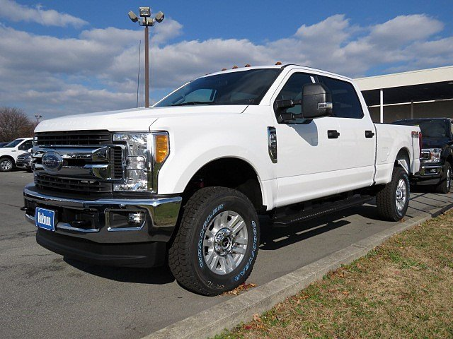 2017 F-250 Crew Cab 4x4 Pickup #HEF51090 - photo 1