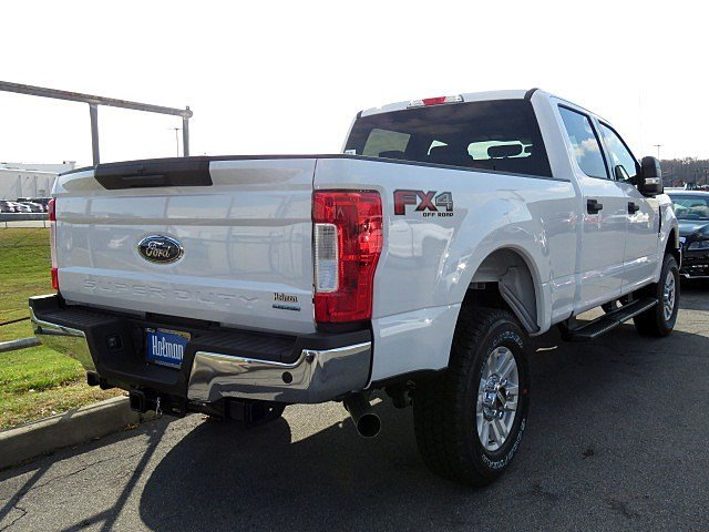 2017 F-250 Crew Cab 4x4 Pickup #HEF51090 - photo 7