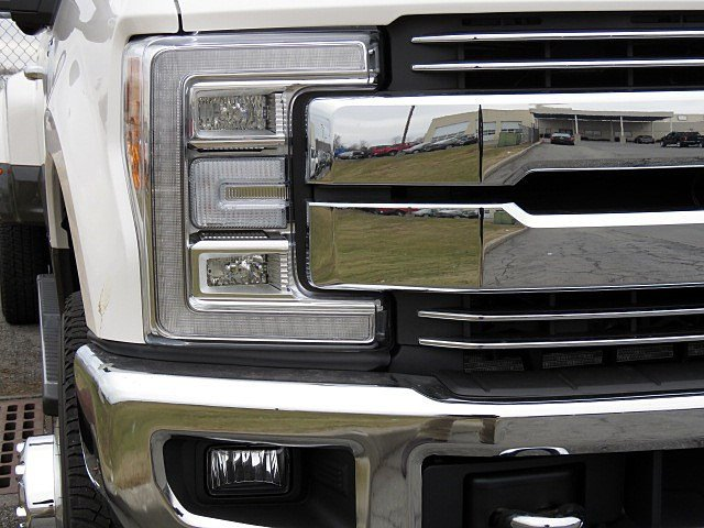 2018 F-350 Crew Cab DRW 4x4 Pickup #JEB24997 - photo 6