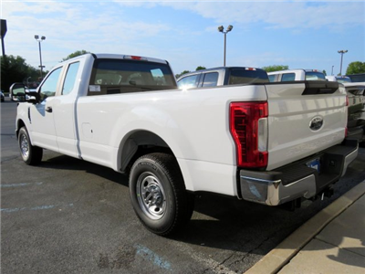 2018 F-250 Super Cab 4x2,  Pickup #JEC51884 - photo 2