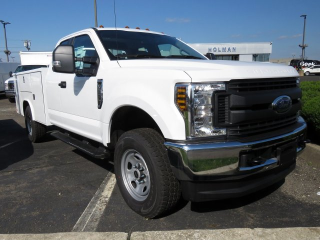 2019 F-350 Super Cab 4x4,  Reading Service Body #KEC58718 - photo 4